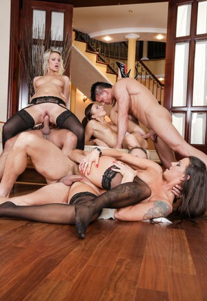 Sexy women in stockings and heels enjoy anal fucking & dp in groupsex orgy