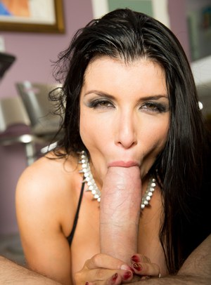 Busty dark haired Romi Rain spreading ass for closeup outdoors & giving titjob