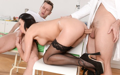Tawny nursemaid gets doublebanged bumped by a medico and her patient