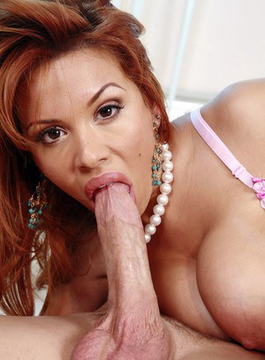 Busty Katina chick Sienna West goes pussy to mouth with a long dick