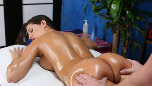 18 year old with black hair and an ass to die for gets banged by her masseur
