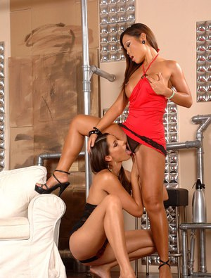 MILFs Jade Sin & Zafira engage in interracial lesbian toying session