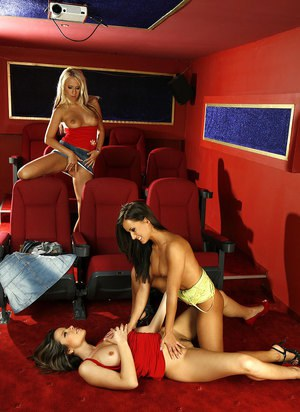 Leggy Euro Carla Cox and girlfriends toying lesbian pussies in high heels