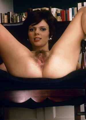 Vintage women with hairy twats having fun sucking and fucking hard cocks