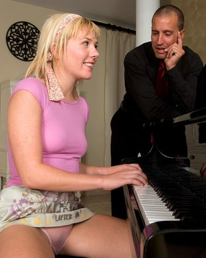 Music student Lola Wilde sucks teachers cock spreading naked at the piano