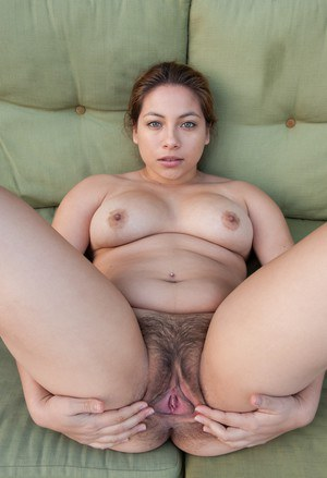 Pudgy girl Daisy Leon gets naked to spread her hairy twat  piss on the patio