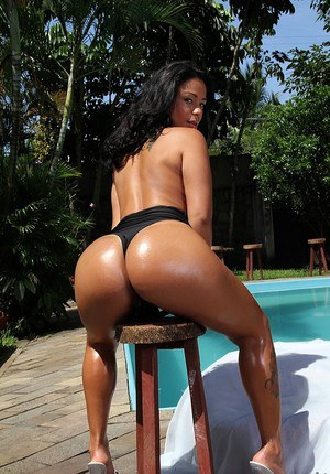 Beautiful Latina flaunts her big ass in swimsuit and gets fucked poolside