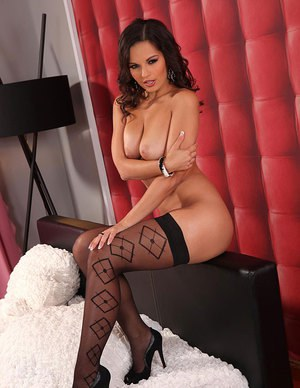 European MILF pornstar spreading stocking adorned legs for toying session