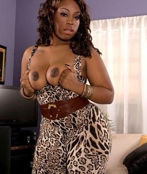 Black MILF Cherise Roze strips her leopard outfit off and shows massive booty