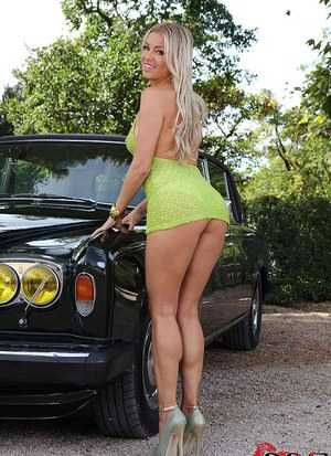 Long legged Blanca Brooke shows ass in sexy upskirt  gets naked outdoors
