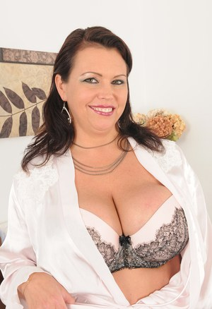 Mature fatty MILF Angelica Sin frees her huge big tits to spread legs naked