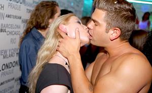 Fully clothed drunken party sluts get jiggy with interracial cock at the club