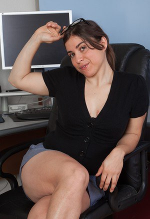 White secretary takes off her glasses and skirt on way to show her hairy body