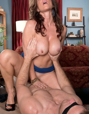 Hot mom Rachel Steele bares her breasts so blindfolded hubby can suck them