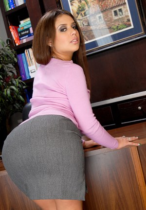 At The Office Porn - ... Bootylicious brunette mamacita Jynx strips down to her sexy lingerie ...