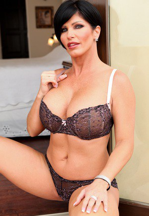 Short haired lady Shay Fox models non nude in her bra and underwear ensemble