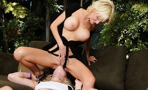 Blonde MILFs Torrey Pines and Proxy Paige please pussies on chesterfield