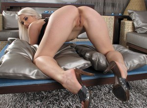 Sexy blonde Nesty shows her gaped pussy after dildoing in heels