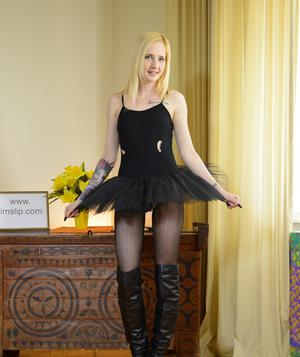 Hot teen Alica in tutu, ripped pantyhose & boots climbs aboard oldman cock