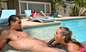 Wet chicks Silvia Saige & Liza Rowe suck off a BBC together by the pool