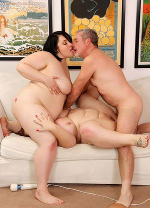 4 massively overweight females eat pussy and fuck a solitary older man