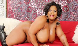 Fat black woman Marlise Morgan doing it fast and hard in black boots