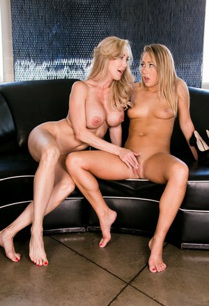 Hot mature women Brandi Love & Carter Cruise undressing for doggystyle strapon