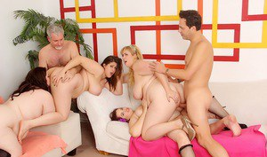 Hot SSBBW models eating pussy  ass licking in bare feet during wild orgy