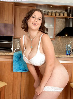 Hot mature fatty spreading naked pussy wide & pinching big nipples in kitchen