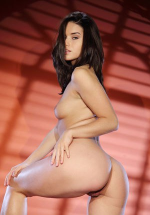 Cute Euro starlet Aza enjoys showing off her cleanly shaved twat
