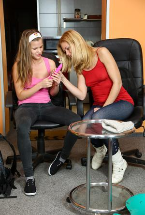 Teen best friends undress to explore their hidden lesbian desires