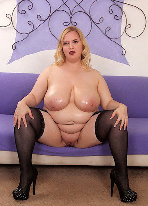 SSBBW Nikky Wilder strips sex lingerie to flaunt wet saggy boobs & give titjob