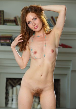 Bare foot sexy redhead Sienne flaunting her natural hairy muff