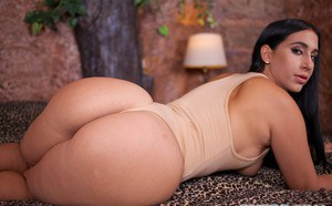 Cuban solo girl Valerie Kay whips out her hooters and rock hard nipples