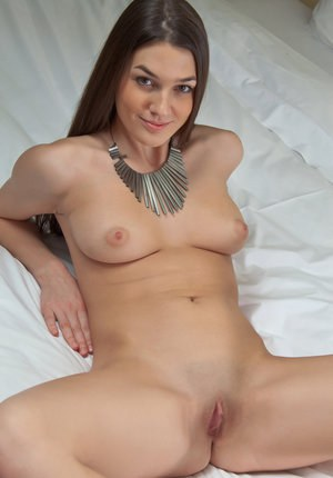 European solo girl Vanda B proudly showing off the beauty of the female form