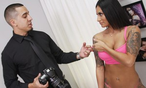 Natalia Mendez, a young sexy Latina, dreams of becoming a supermodel with Teen Castings. She'll do anything for a contract. She'll even endure BDSM, domination, rope bondage, deepthroat bj, fingering, squirting, spanking, slapping and rough sex.
