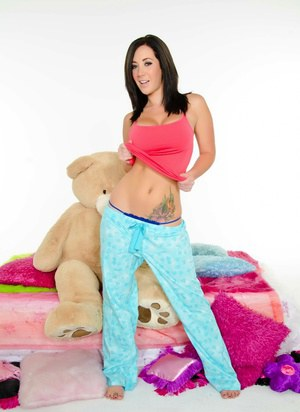 Jayden Jaymes and her Puba Bear