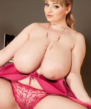 Plump secretary with big boobs provides more than just transcription services