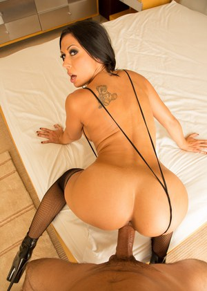 Milf Pornstar Rachel Starr Gets Banged By A Big Cock In Sexy Nylons And Heels