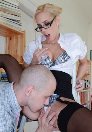 Attractive secretary with sexy glasses Nesty gets her amazing cunt creampied