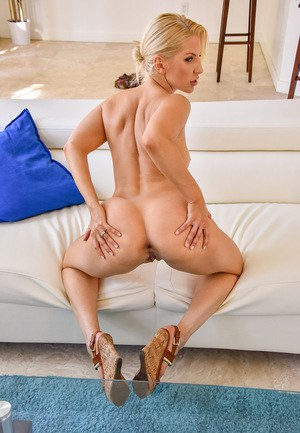 Superb MILF Ashley gets pulled by her blonde hair and fucked hard from behind