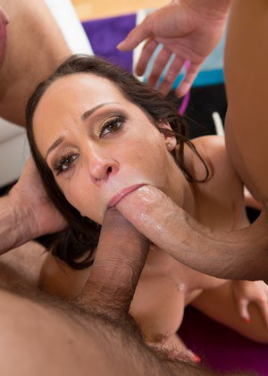 Top pornstar Jada Stevens gets double fucked while sucking a third cock