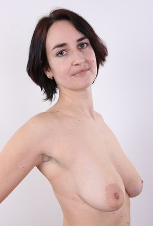 Don't make plans for tonight, because a fresh dose of Czech amateurs is here! In this CzechCasting episode, everything will revolve around a nice black-haired young lady from Prague. Her name is Vendula, she's thirty three years old and during the intervi