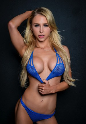 Pornstar Alix Lynx and her gf get banged in a 3some wearing all blue outfits