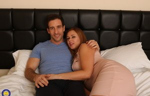 Plump British mom welcomes foreplay advances from hubby in sexy lingerie