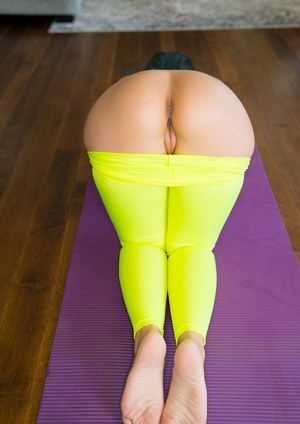 Busty amateur Bryci teases in yoga pants before blowing her instructor