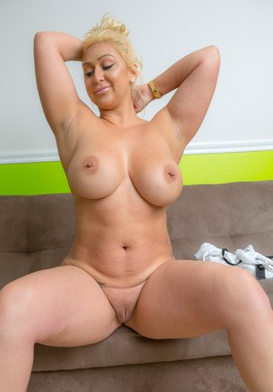Hot BBW Bailey Martin bending over with her pants down to flaunt her huge butt