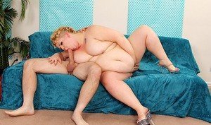Blonde SSBBW Velma Voodoo drips jizz from her mouth after getting fucked