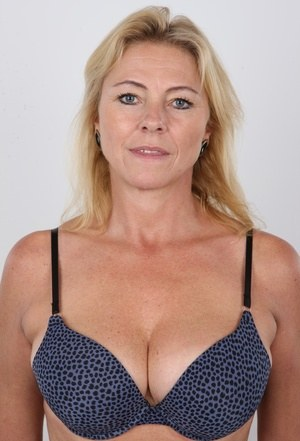 Amatuer naked mature women — photo 2