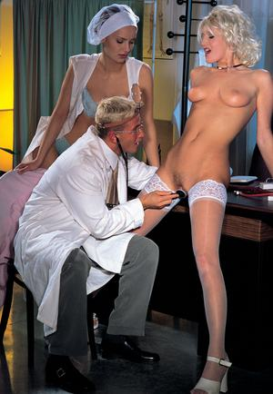 Vintage stars Martina Mercedes  Katia Love in steamy doctor office threesome